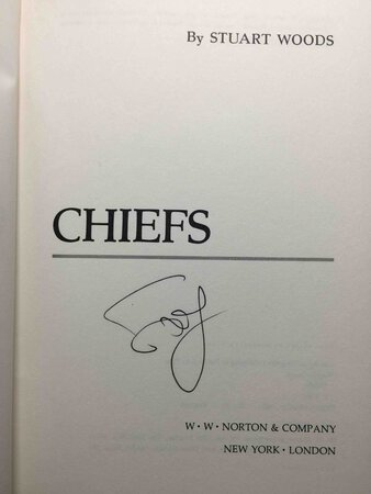 CHIEFS. by Woods, Stuart.
