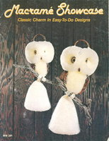 MACRAME SHOWCASE. MM 291. by Singer, Claudia and Bonnie Poppe.