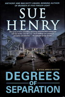 DEGREES OF SEPARATION: A Jessie Arnold Mystery by Henry, Sue
