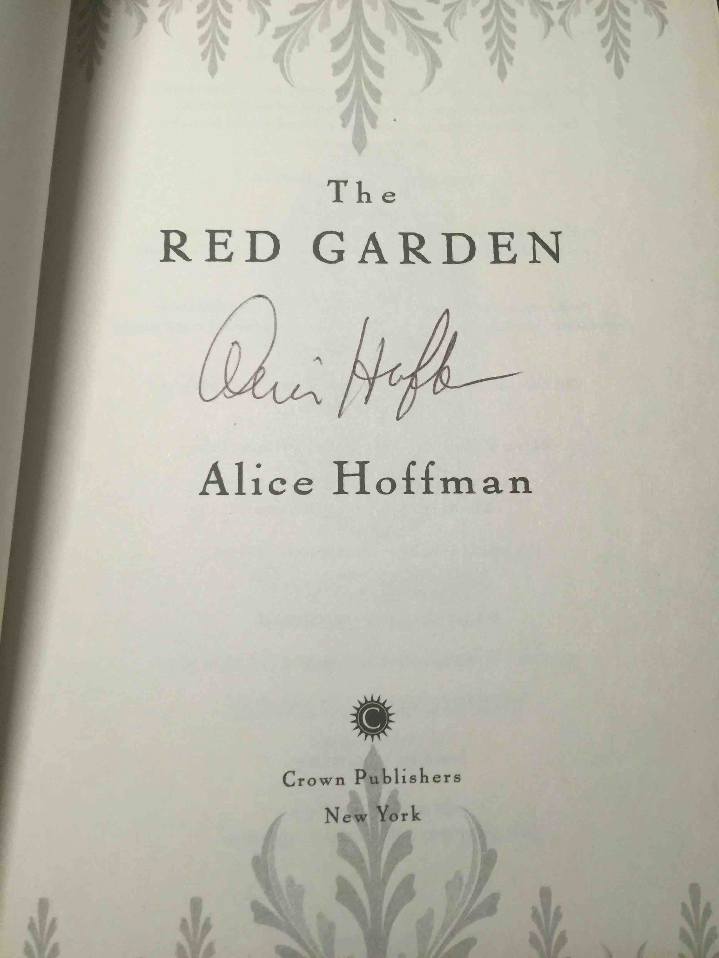 The Red Garden By Hoffman Alice Bookfever Com