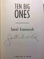 TEN BIG ONES. by Evanovich, Janet