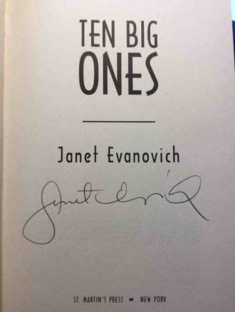 TEN BIG ONES. by Evanovich, Janet