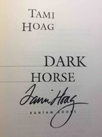 DARK HORSE. by Hoag, Tami.