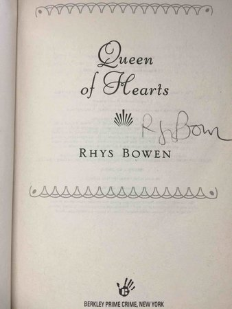 QUEEN OF HEARTS. by Bowen, Rhys.