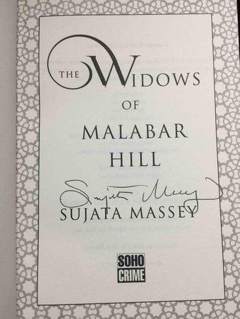 THE WIDOWS OF MALABAR HILL. by Massey, Sujata.