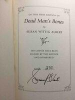 DEAD MAN'S BONES. by Albert, Susan Wittig