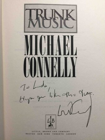 TRUNK MUSIC. by Connelly, Michael,