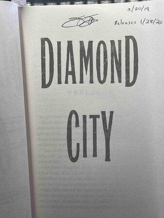 DIAMOND CITY. by Flores, Francesca.