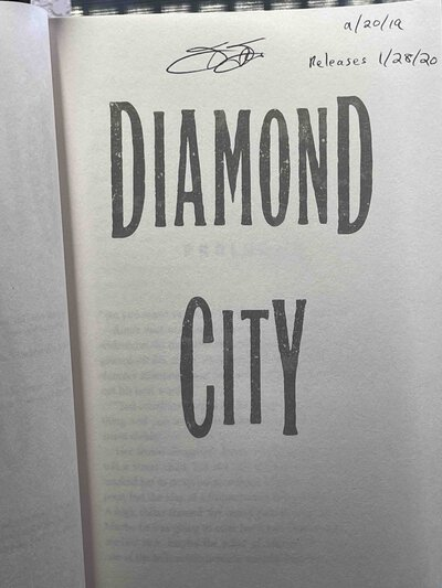 DIAMOND CITY. by Flores, Francesca.