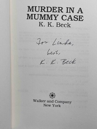 DEATH IN A DECK CHAIR. by Beck, K. K.